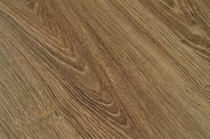 augusta oak laminate